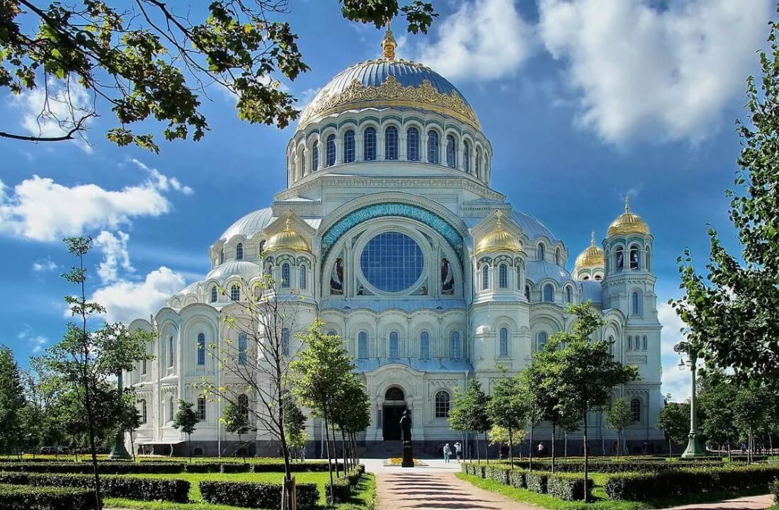 Кронштадт — Никольский собор и Петровский док