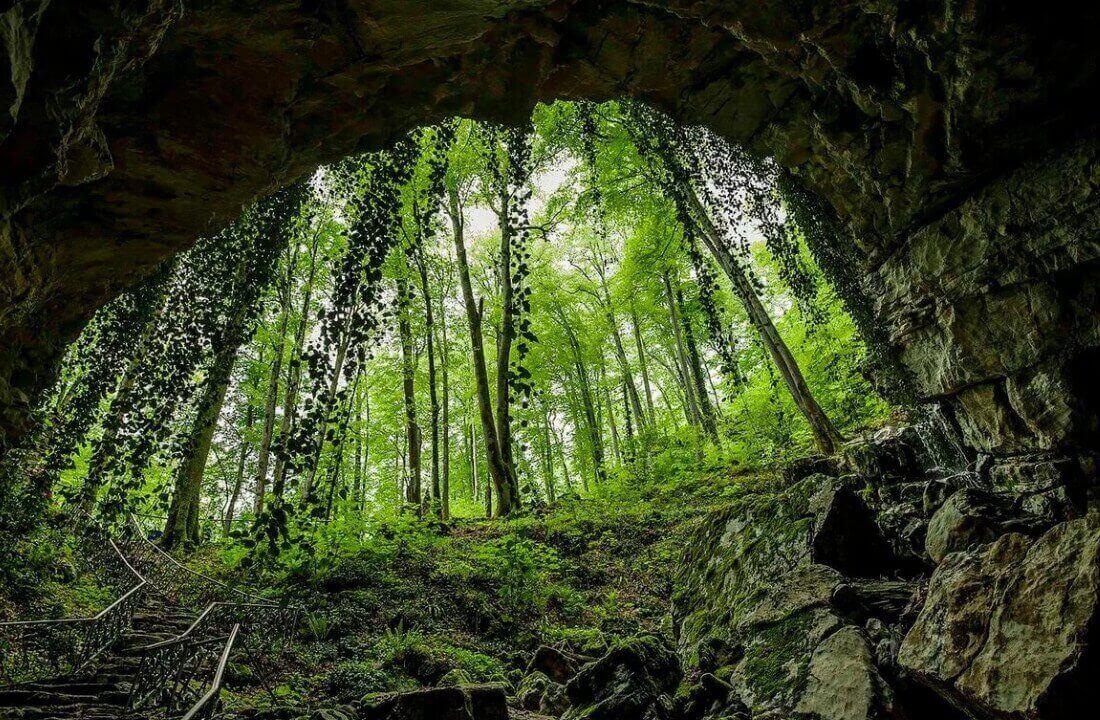 Экскурсии в Адлере в Воронцовскую пещеру