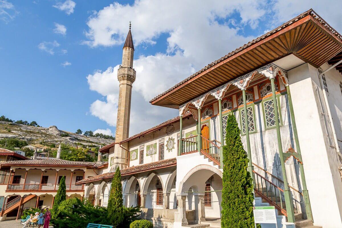 Экскурсия из Симферополя в Бахчисарай