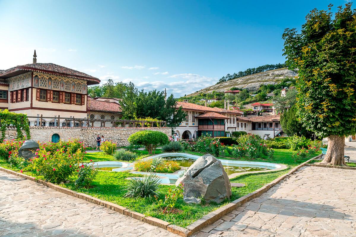Экскурсия в Ханский дворец Бахчисарая